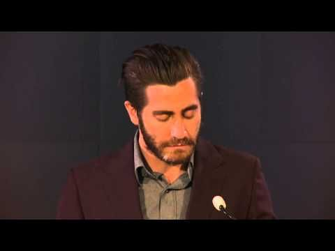 Jake Gyllenhaal reading Wilfred Owen's Dulce Et Decorum Est, a poem that is about how war is in no way glamorous