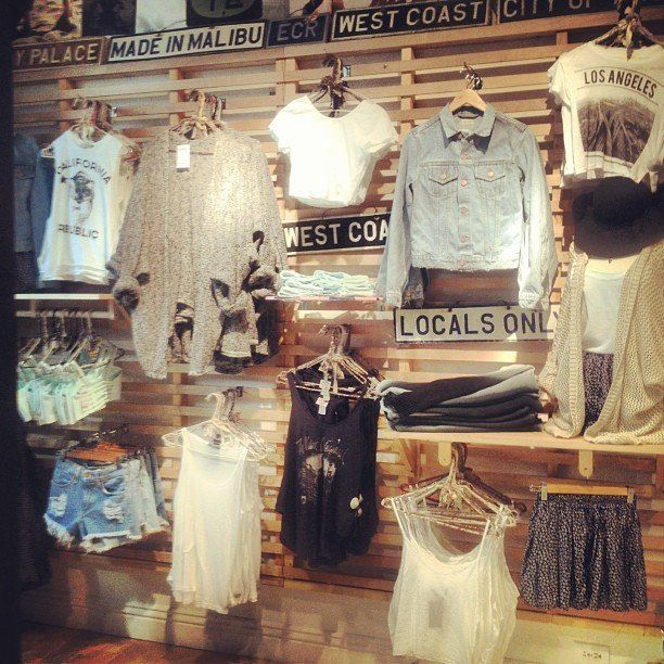 someone take me to a Brandy Melville store please I'll love you forever