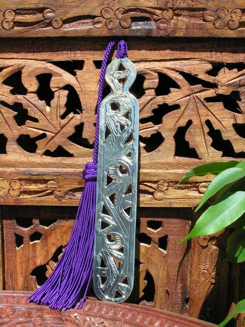 Moroccan metal book marks with purple silk tassel. http://www.maroque.co.uk/showitem.aspx?id=ENT06311&p=00738
