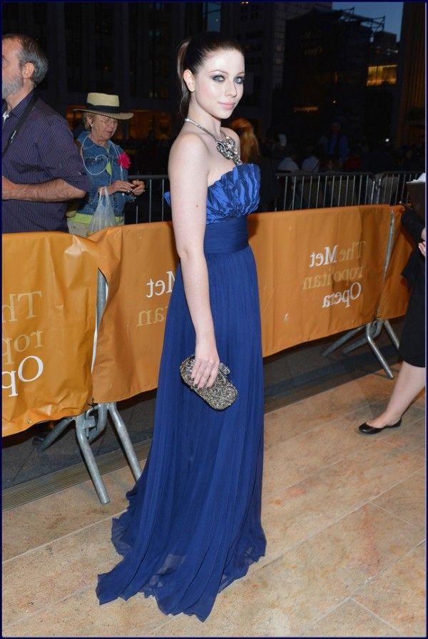 Gossip-Girl-star-Michelle-Trachtenberg-Evening-Dress