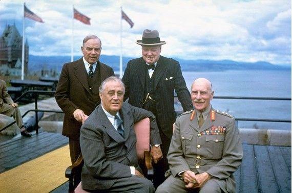 Churchill, Eisenhower, Mackenzie King et Roosevelt à Québec
