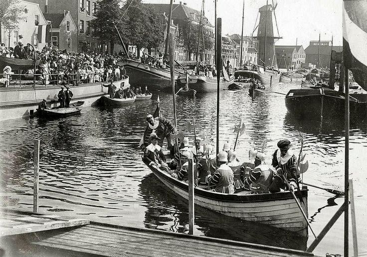 Delfshaven 31 augustus 1911, Koninginnedag. Uit Fotoarchief Spaarnestad, tijdschrift het Leven.