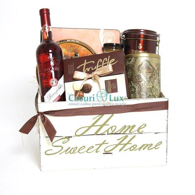 Un cadou incantator in nuante luxuriante si tari de mahon si golden, cu produse de inalta calitate, ce poate fi daruit cu succes unui partener de afaceri pentru un WOW garantat.