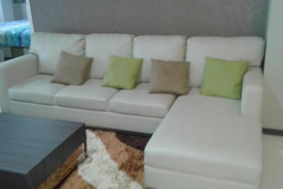 Apartment Name: 1Park Residences  Location: Gandaria, Jakarta Selatan  Tower/Floor/View: /10/City  Size: 91,5 m2  Bedroom: 2  Bathroom: 2  Maid Room: 1  Maid Bathroom: 1  Condition: Full furnished. Refrigerator, AC, washing machine, hot water, kitchen set, etc.  Facility: Parking lot, access card, 24 hours security, laundry, Coffee shop (Starbucks), Pharmacy, mini market, etc.  Additional Info: For serious tenant only  Rent Charge: $1.500/month ,min 1 year  Contact Number: 081932726049…