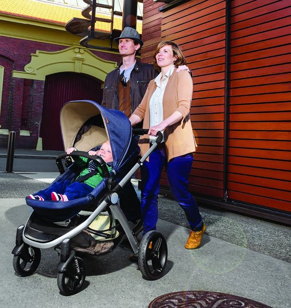 Contours and Mountain Buggy Introduce Luxury City Strollers