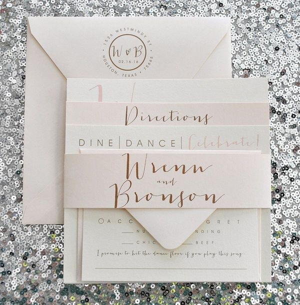 Get your wedding guests to RSVP in a flash with a stunning invitation suite. Peach and blush wedding ideas are normally subtle and sophisticated, just like this beautiful blush wedding invite.