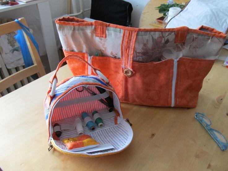 cestovní taška s taštíčkou na šití