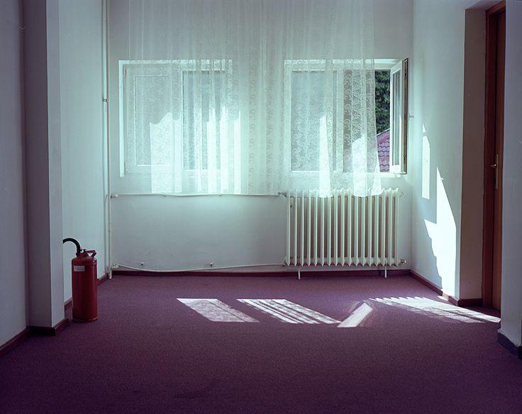 Small and lonely. Tara Tominaga   Writing   Artist   Photographer   Aesthetic www.taramtominaga.com