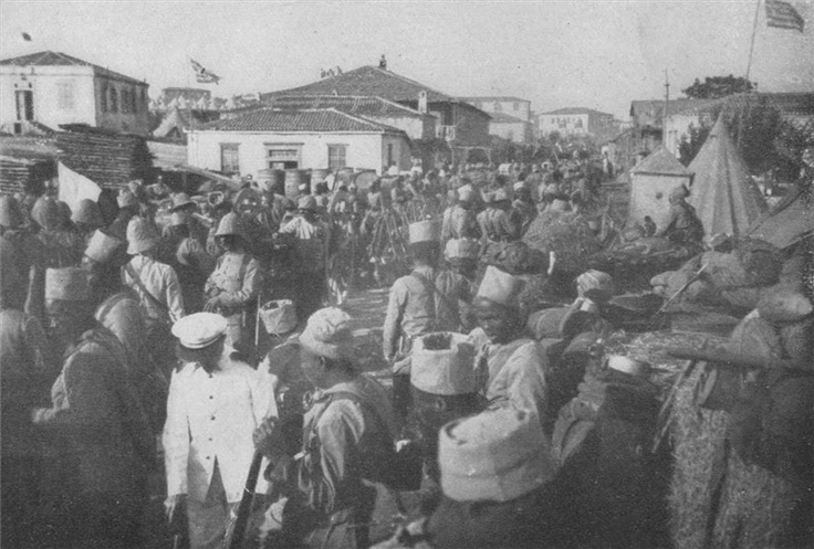 First World War: British colonial troops arrive in the Greek port city of Thessaloniki to support a new front against the Central Powers in the Balkans, 1916. Note the African soldiers with their distinctive colonial hat.