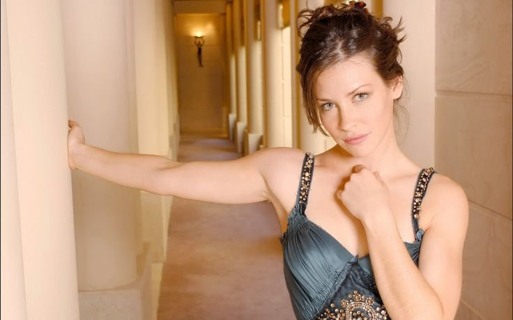 Evangeline Lilly Celebrity Wallpaper