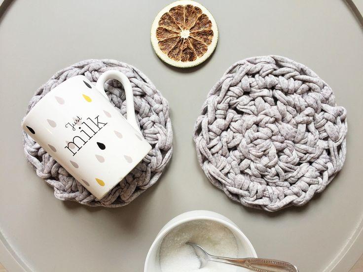 Sottotazza tondo crochet grigio di chiccacasa su Etsy