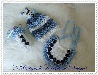 FREE Hyacinth Pattern Bib, Bottlecover and Comforter 16-22 inch doll-bib, comforter, knitted, knitting pattern, bottlecover, doll, reborn