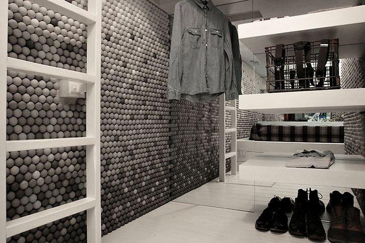 25,000 Ping-Pong Balls for a Small Apartment Interior Design | http://www.designrulz.com/design/2014/06/25000-ping-pong-balls-small-apartment-interior-design/