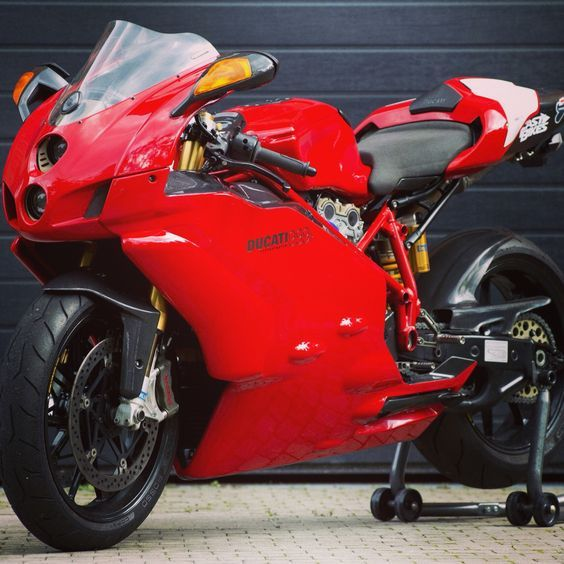 Ducati 999 favorite ducati superbike!