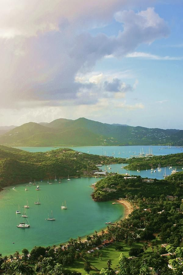 ✮ View from Shirley Heights as a storm approaches in the south of the island of Antigua