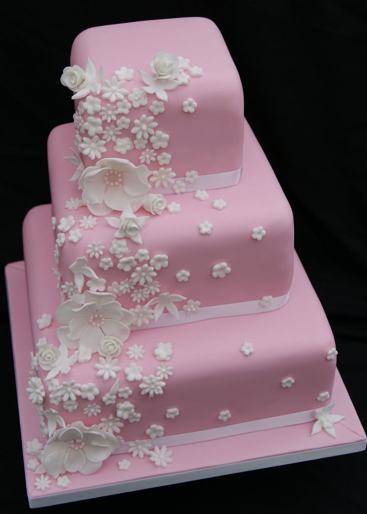 Best 25 Pink Square Wedding Cakes Ideas On Pinterest