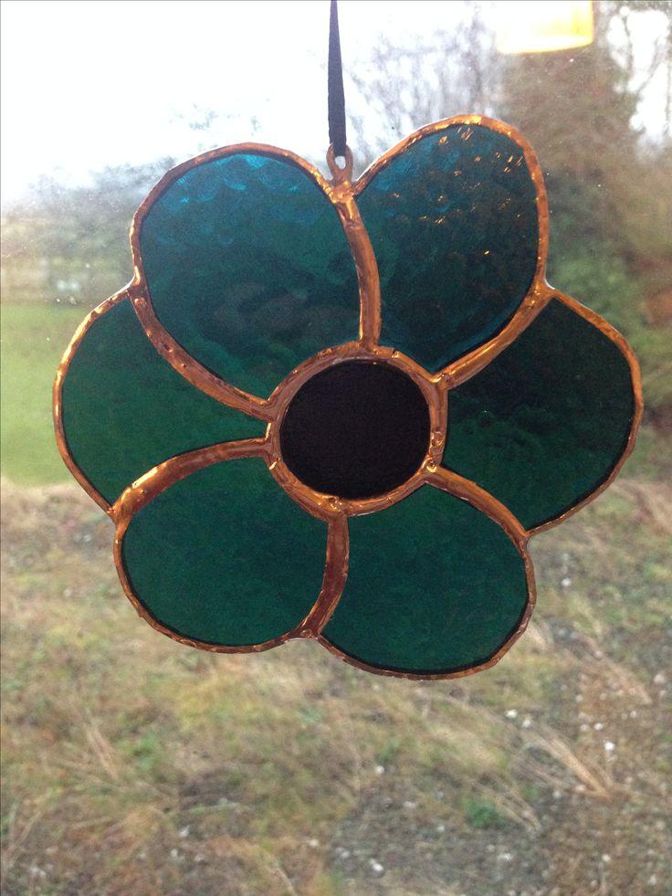 Stained glass, copper foiled suncatcher flower