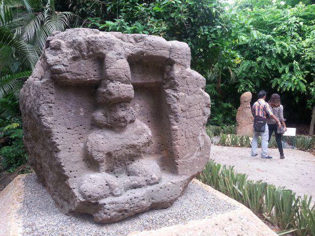 Rescatan museo al aire libre - El Diario de Yucatán