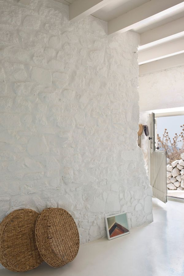 A WHITE WASHED HOLIDAY HOME ON NISYROS, GREECE | THE STYLE FILES