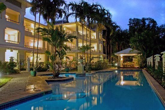 Mandalay & Shalimar Luxury Beachfront Apartments #portdouglas #accommodation