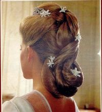 The Royal Forums:  Back hair detail of Princess Clotilde d'Orléans on her wedding day
