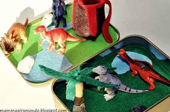 mommo design: DINOSAUR PORTABLE PLAY SET