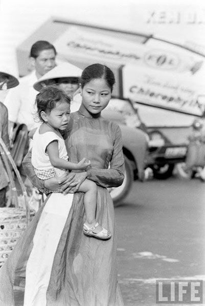 ao dai, saigon, vietnamese women, traditional
