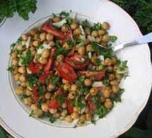 Kikærtesalat. En salat med kikærter. Gratis Opskrift.
