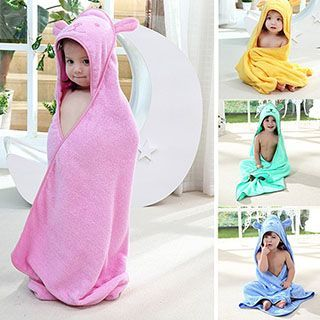 Buy 'Little Dolphin – Kids Bath Towel' with Free International Shipping at YesStyle.com. Browse and shop for thousands of Asian fashion items from China and more!