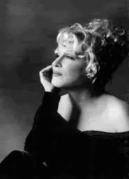 Bonafide Diva...Bette Midler~: Divine Ms, Bette Middler, Favorit Celebrity, Celebrity Icons, Divine Bette, Betting Funds, Actor, Amazing Women, People