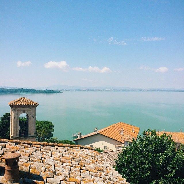 {another point of view} Monte del Lago #Altrasimeno foto di @nicocarmigna