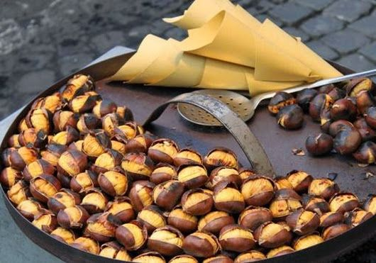Greek street Food: Roasted Chestnuts on the streets of Thessaloniki, #Macedonia, northern #Greece