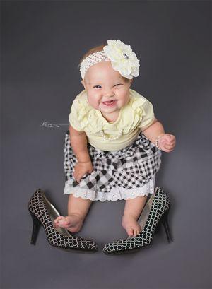 6 months milestone  #girl #sixmonths #kcmphotography #savannah #georgia #savannahga #shoes #bracelet  #feet #toes #richmondhillphotographer #richmondhill #savannahgaphotographer  #plaid #jessicasimpsonshoes