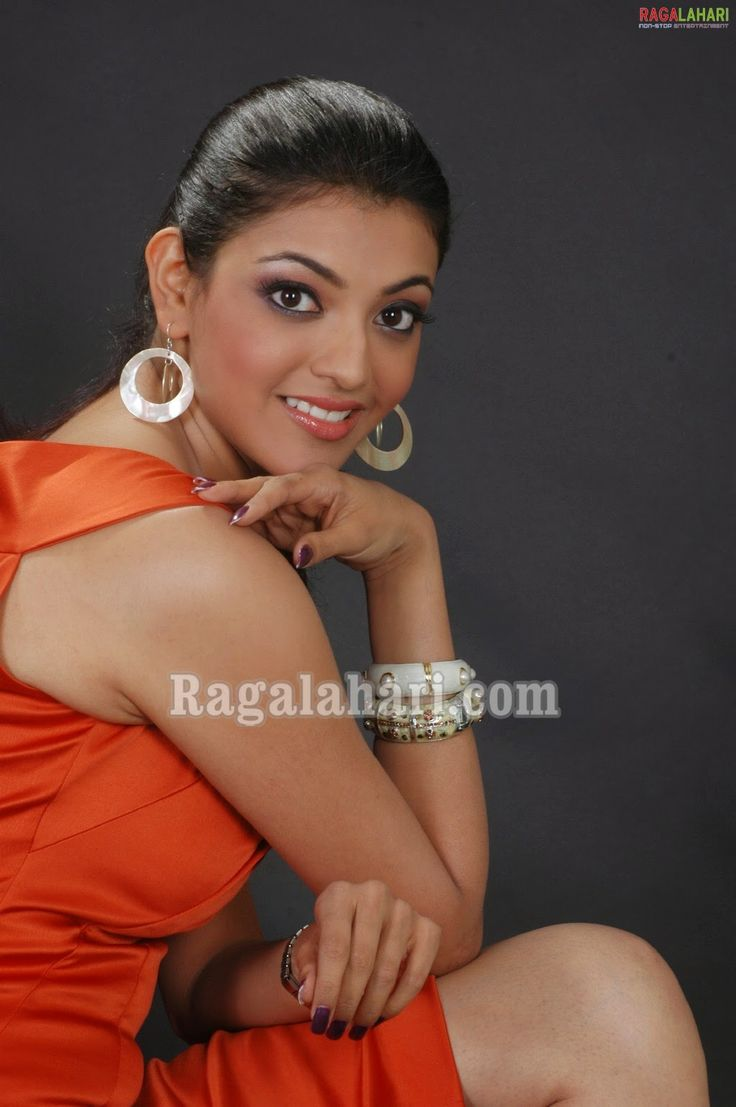 Indian Garam Masala: Kajal agarwal hot spicy exposing with phone photoshoot stills photos