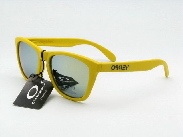 Oakley Frogskins Sunglasses matte yellow frames mirror lens sale online, save up to 90% off being unfaithful limited offer, no taxes and free shipping.#oakley #oakleysunglasses #sportsunglasses #sunglasses #ok #o