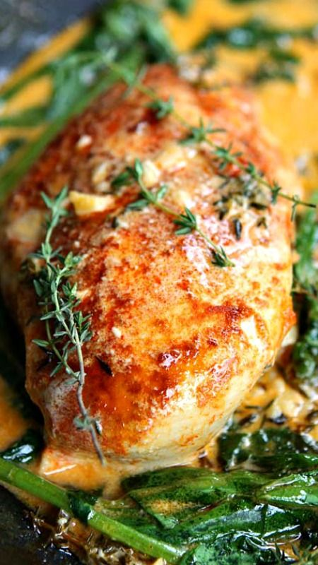 Paprika Chicken & Spinach with White Wine Butter Thyme Sauce