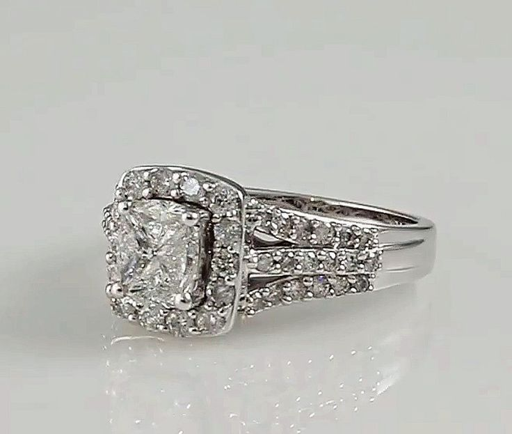 20 stunning diamond engagement rings under 3000 - Helzberg Wedding Rings