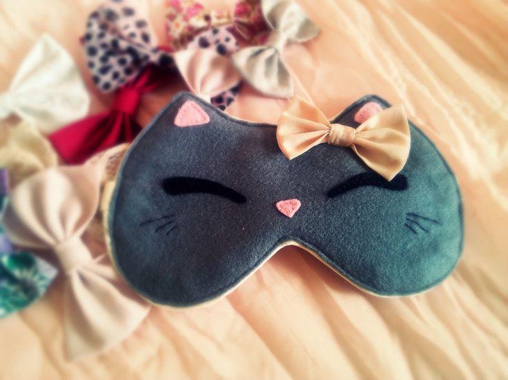 Cat eye sleep mask -Cute kawaii kitty sleep mask - Cute cat - Pink bow cat - Grey felt blindfold - Girl teen women gift by EVESAdesign on Etsy https://www.etsy.com/listing/237985378/cat-eye-sleep-mask-cute-kawaii-kitty