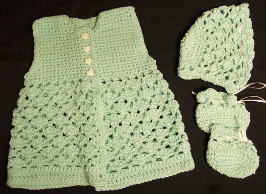 43 best Crochet Baby Layettes images on Pinterest | Free crochet ...