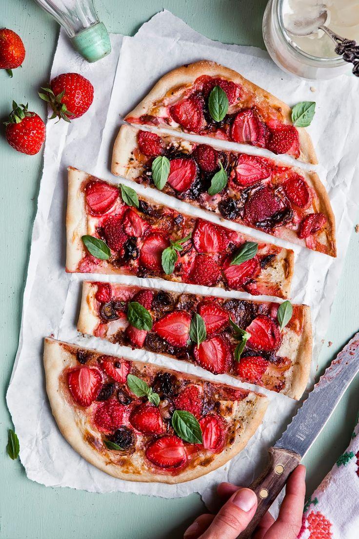 Erdbeer Flammkuchen #himbeerrot