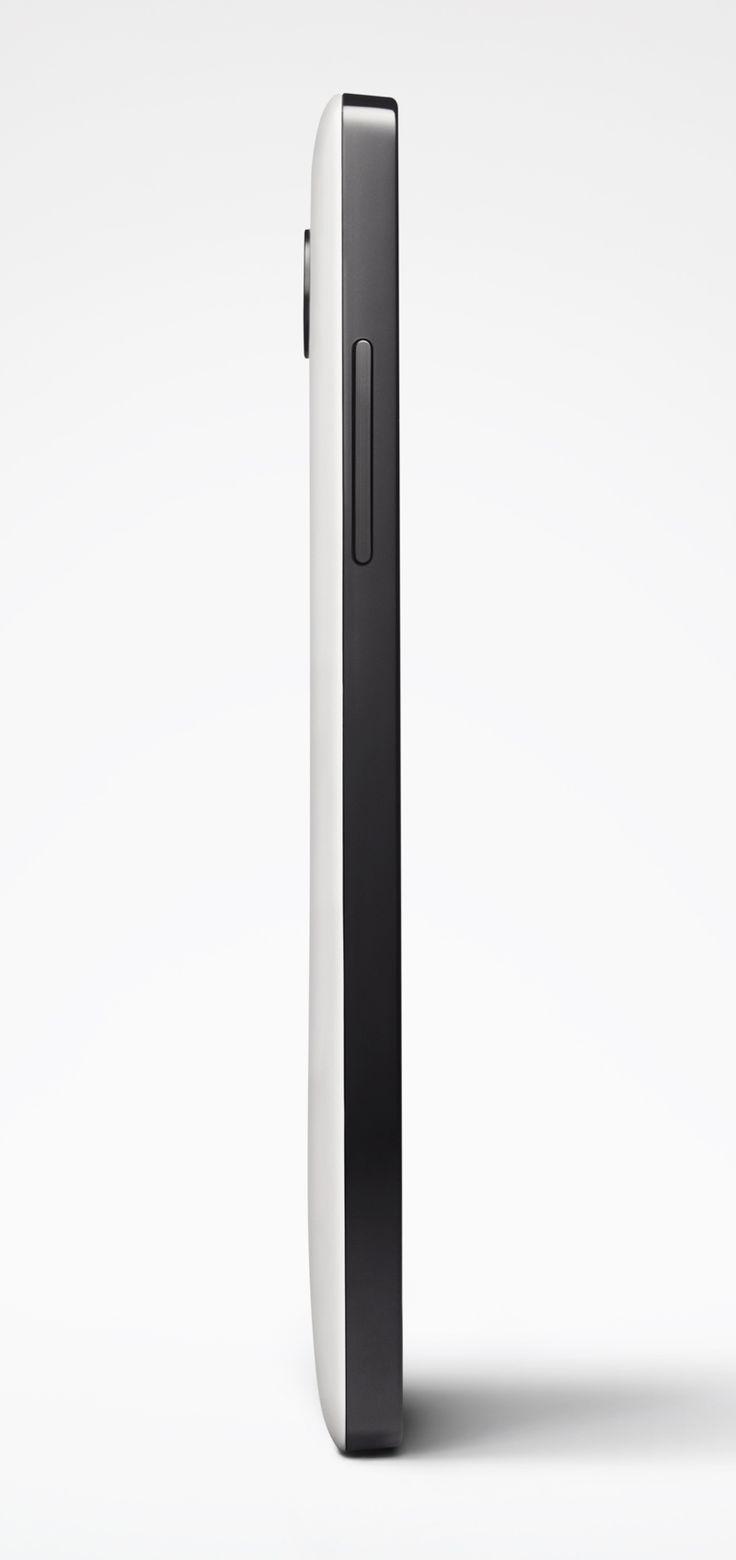 Side view of Nexus 5: Side view of Nexus 5