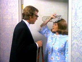 Madeline Kahn and Ryan O'Neal in Whats Up Doc?