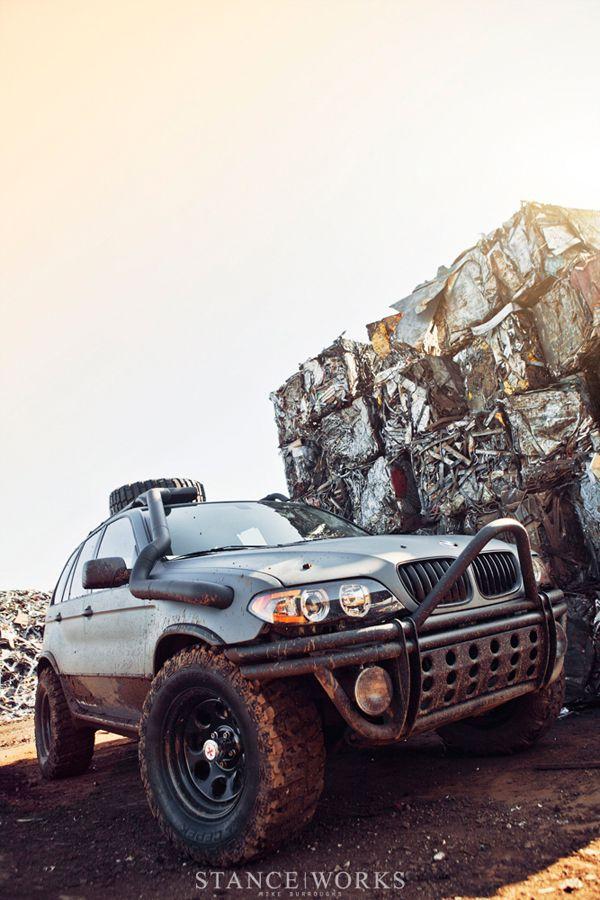 BMW X5 Monster Truck BMW-X5_BMW_X5-monster-truck – Smarter ...