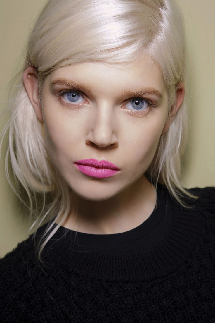 50 Coolest Cuts for 2015; Deep side part for a dramatic look. I also love her lipstick #pinklipsmatte