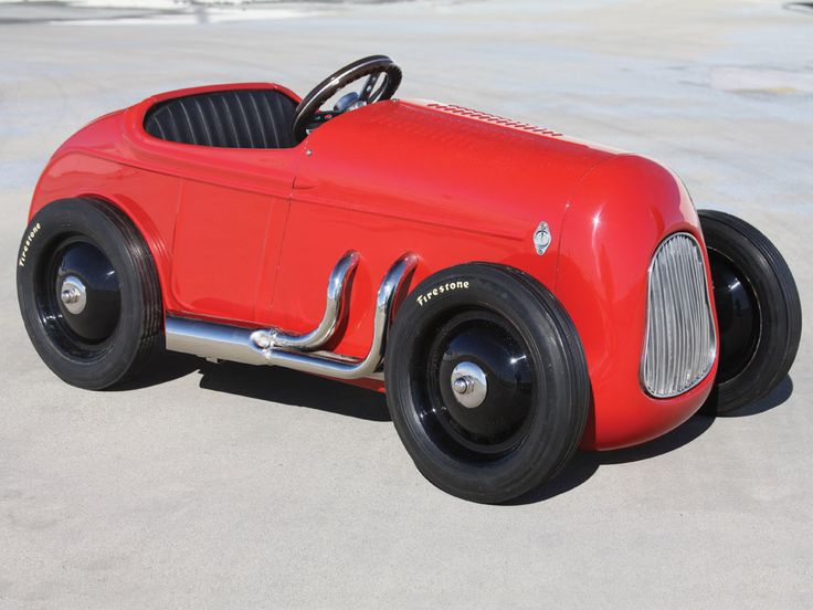 1932 Ford Custom Pedal Car by McPherson College Automotive Restoration Students