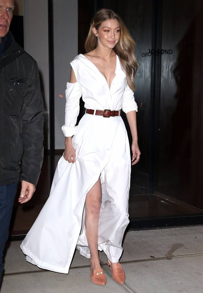 57cc932a587  gigihadid wearing the EYELOVE Mules a limited-edition collaboration  between Stuart Weitzman and Gigi Hadid