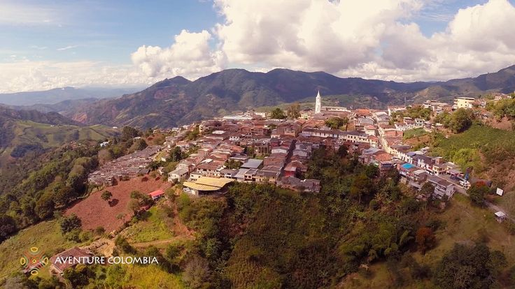 #Viajar Eje Cafetero #Colombia - Santuario Parque Nacional Natural Tatamá desde el Aire Aventure Colombia More information on our packages at : http://ift.tt/1iqhKT8