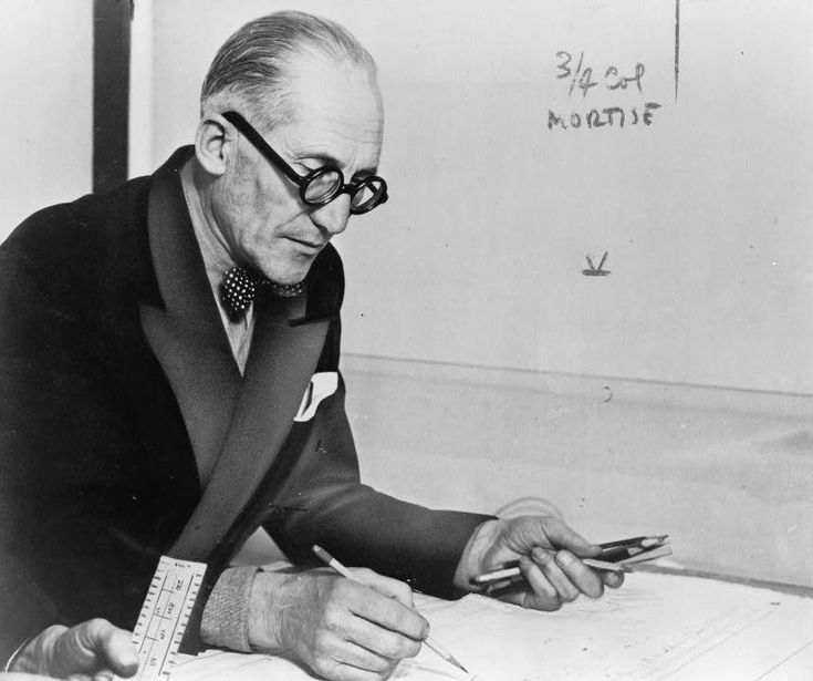 """""""But mom, I am one of the greatest architects of all times, I'm the funder of modern architecture, I can't do a traditional house for y... Aouch! Okay, okay... """"  Le Corbusier"""