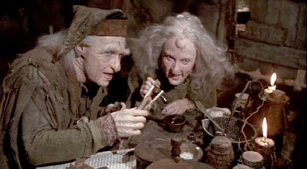 """""""I'm not a witch, I'm your wife!"""" Carol Kane played Valerie, Miracle Max's spouse. ♥"""