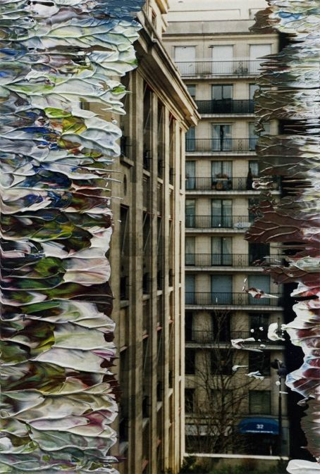 #Artphotography - Gerhard Richter #onlineartgallery - #contemporaryart - art photography - online art gallery - contemporary art Source : http://www.gerhard-richter.com/art/overpainted-photographs/paesaggio-urbano-76/untitled-2994-14368
